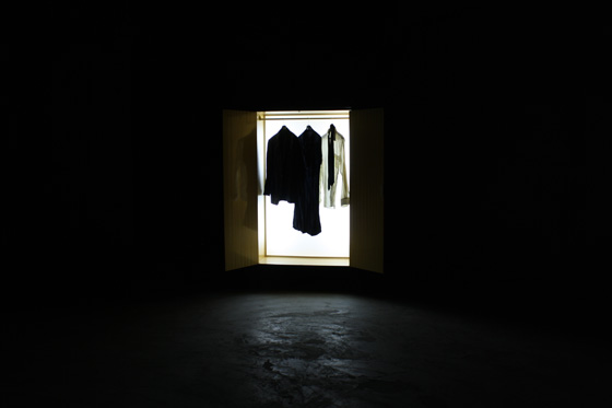 5. Light box wardrobe
